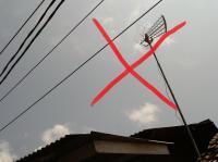 Bahaya Pasang Antene TV Dekat Jaringan Listrik